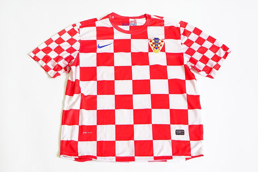 a fake Croatia jersey