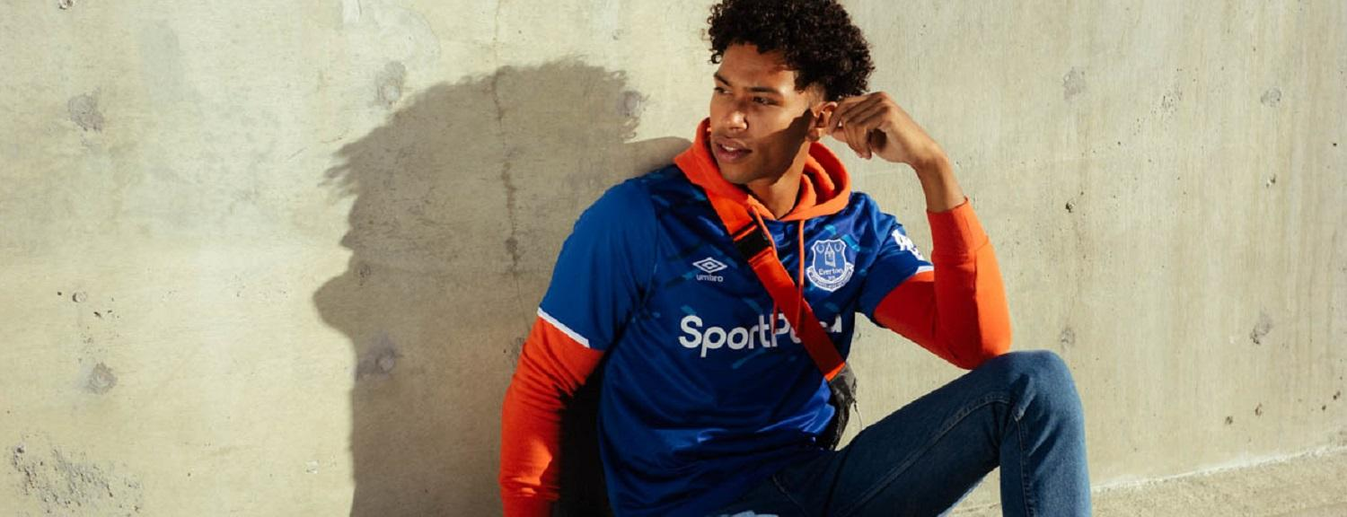 Everton 19/20 Home Jersey by Umbro